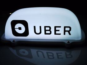 Canadian companies taking advantage of new regulation to apply for Uber and Lyft taxi licences