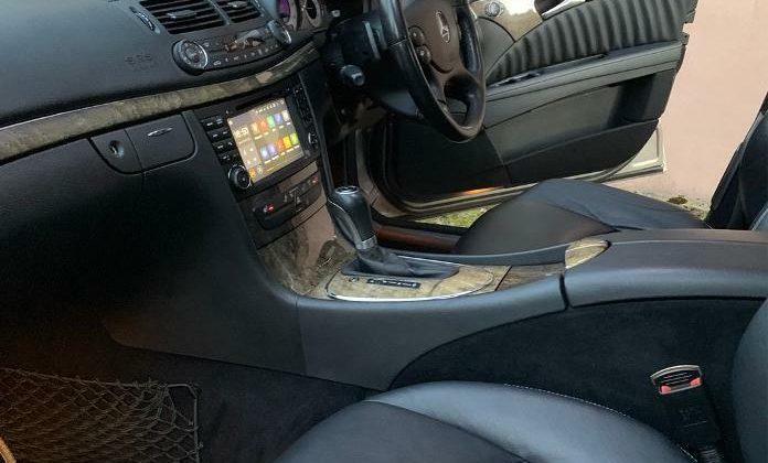 Merc E320 7-G tronic V6 3.0 + paddle shift